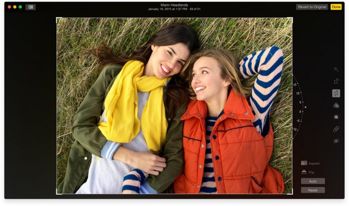 Non-destructivelyrotating an image in Photos for Mac (developer beta).