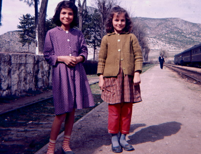 2 young girls in Turkey (1964)